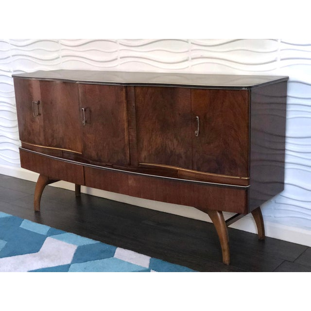 Art Deco 1950s Mid-Century Modern Cocktail Bar Cabinet and Credenza For Sale - Image 3 of 10