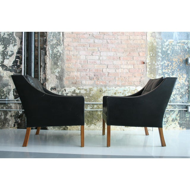 Matched Pair of Børge Mogensen Model #2207 Leather Lounge Chairs For Sale In Chicago - Image 6 of 13