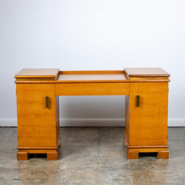 Art Deco 1930s Art Deco Donald Deskey for Amodec Vanity Desk For Sale - Image 3 of 13