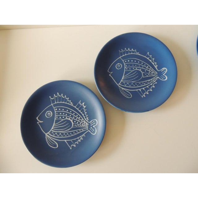 Set of (8) Blue and White Fish Plates by Longchamp For Sale In Miami - Image 6 of 9