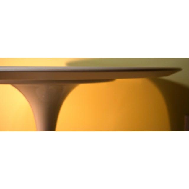 Saarinen White Laminate Dining Table - Image 8 of 9