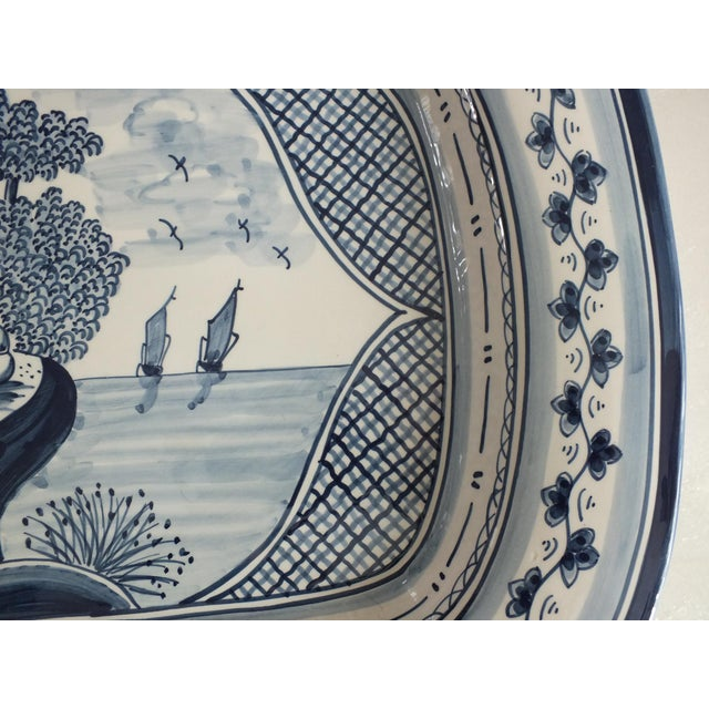 Nazari Blue & White Hand Painted Portuguese Platter - Image 4 of 9