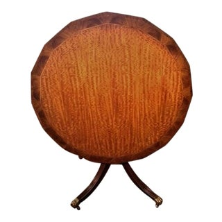 Late 20th Century Vintage Drexel Heritage Heirloom Tilt Top Breakfast Table For Sale