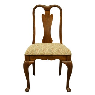 Late 20th Century Davis Cabinet Co. Traditional Style Solid Walnut Dining Side Chair For Sale