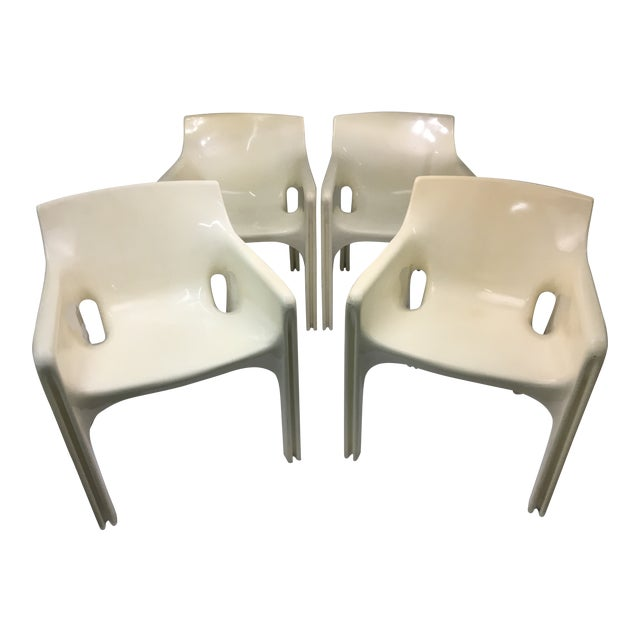 Mid-Century Modern Gaudi Chairs by Vico Magistretti for Artemide - Set of 4 For Sale
