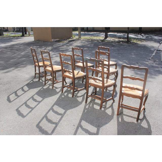 1910s Early 20th C. Vintage French Country Rush Seat Walnut Dining Chairs - Set of 8 For Sale - Image 5 of 13