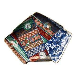 Vintage Japanese Hand Painted Hanhaba Obi Shaped Gilt Porcelain Imari Catchall Dish For Sale
