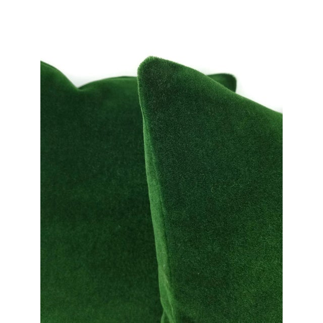 """Modern Pierre Frey Bold Mohair Velvet in Forest - Dark Emerald Green Mohair Velvet Pillow Cover - 20"""" X 20"""" For Sale - Image 3 of 6"""