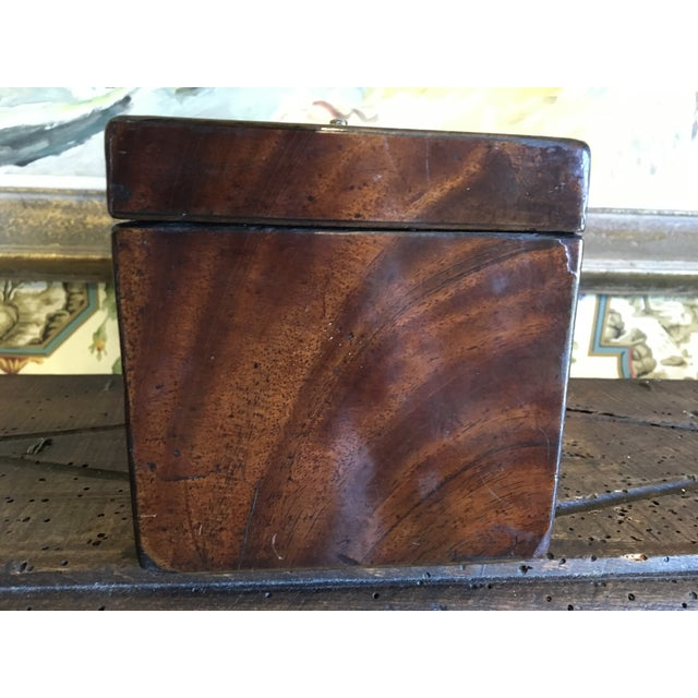 English 1800 English Regency Flamed Mahogany Double Tea Caddy For Sale - Image 3 of 12