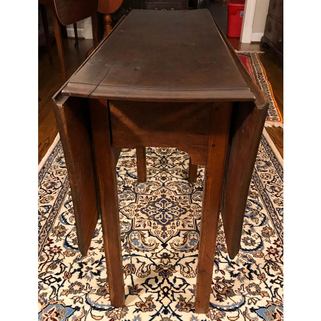 18th Century Chippendale Walnut Drop Leaf Table For Sale - Image 10 of 12