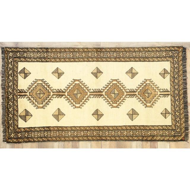 "Vintage Persian Shiraz Rug - 3'5"" x 6'9"" For Sale - Image 11 of 11"