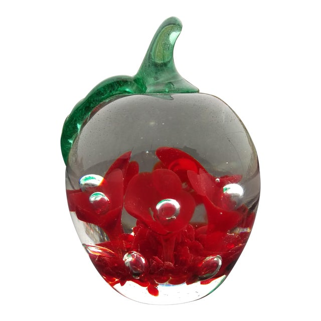 1979 St. Clair Maude Bob Apple Art Glass Paper Weight For Sale