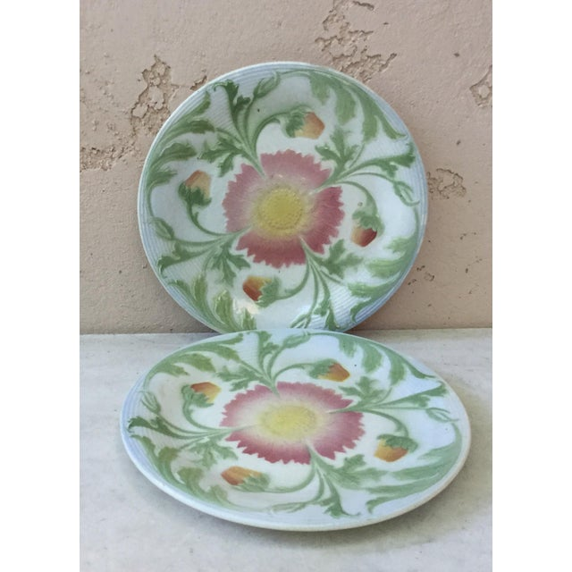 French Majolica daisy plate Keller and Guerin saint clement, circa 1900.