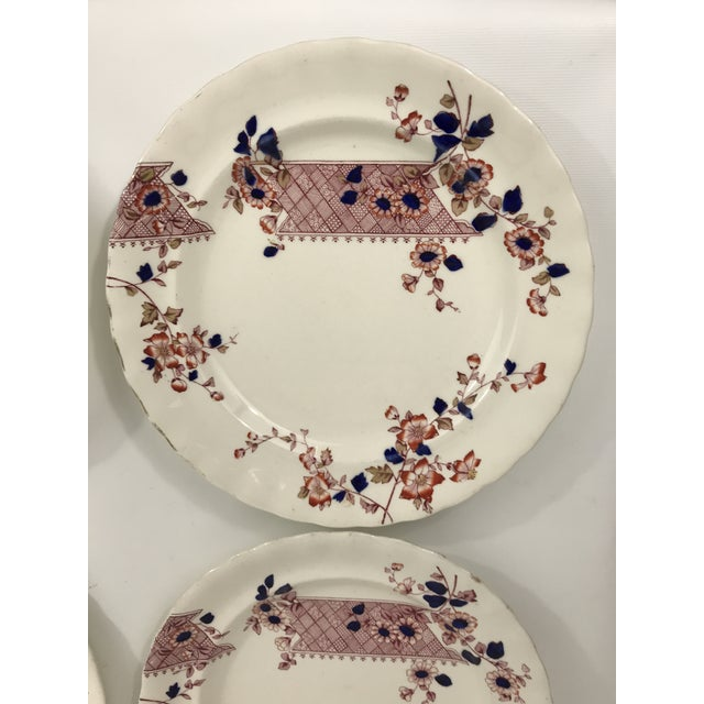 Aesthetic Movement Imari Style Chinoiserie Dinner Plates - Set of 4 For Sale - Image 3 of 11