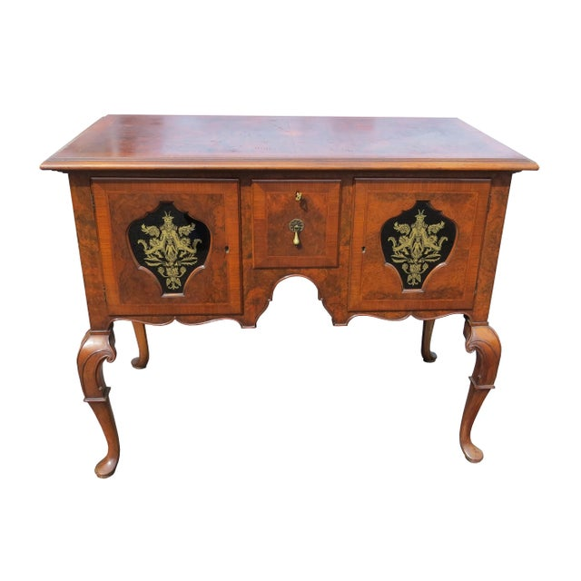 1920s Chippendale Tobey Furniture Company Walnut and Burl Lowboy For Sale - Image 13 of 13