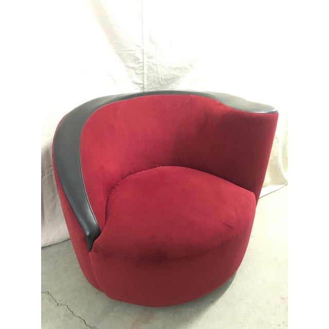 Red Late 20th Century Vintage Vladimir Kagan for Directional Nautilus Swivel Chair For Sale - Image 8 of 8