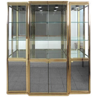 Elegant Mid-Century Modern Display Case by DIA