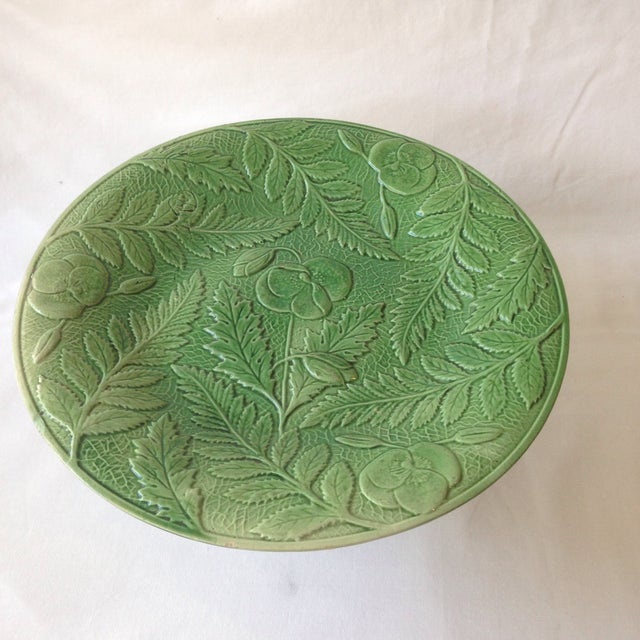 19th century english majolica green fern floral design for Comport room design