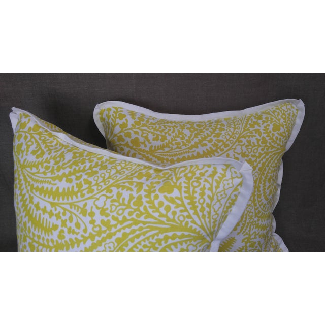 Raoul Textiles Throw Pillows in Arcadia Linen Print - a Pair For Sale - Image 4 of 5