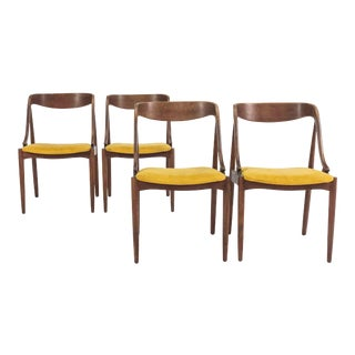 Set of 4 Johannes Andersen Mid-Century Mahogany Dining Chairs For Sale