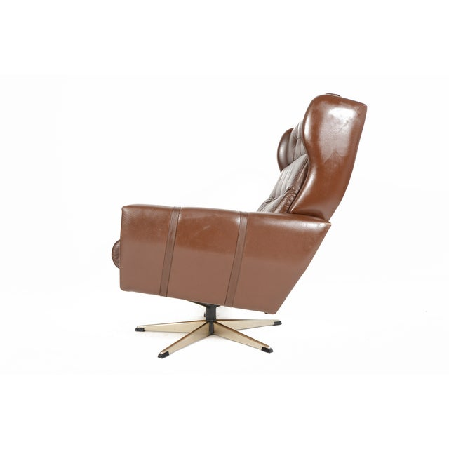High Back Brown Leather Swivel Lounge Chair - Image 6 of 10