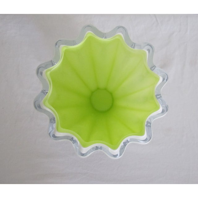 White And Neon Yellow Crystal Vase - Image 4 of 7