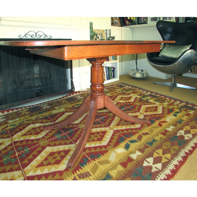 American 20th Century American Classical Duncan Phyfe Style Dining Table For Sale - Image 3 of 7