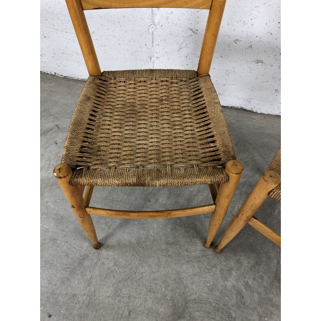 Gio Ponti Mid-Century Italian Beech Wood Ladder Back Chairs Gio Ponti Style, Pair For Sale - Image 4 of 10