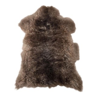 "Contemporary Hand-Tanned Sheepskin Pelt Rug -2'2""x2'10"" For Sale"