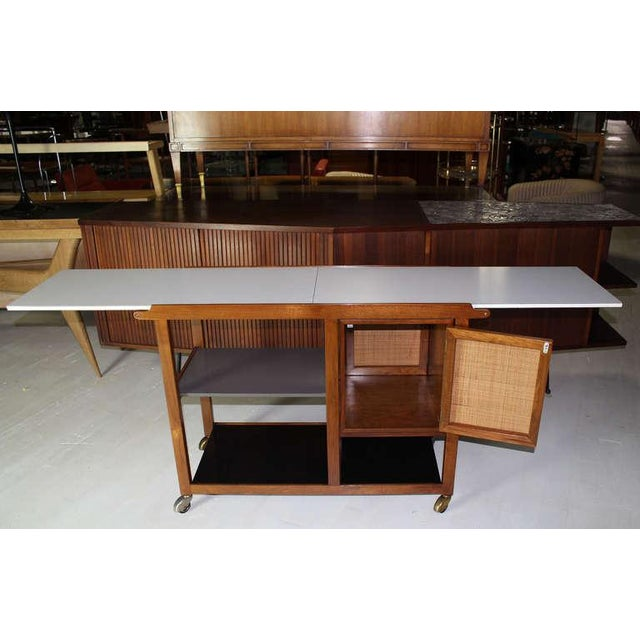 White Mid-Century Modern Flip-Top Walnut Serving Cart For Sale - Image 8 of 9