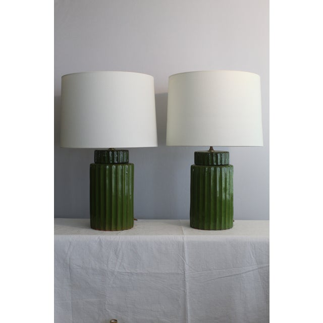 American Classical Transitional Style Ceramic Table Lamps - a Pair For Sale - Image 3 of 10