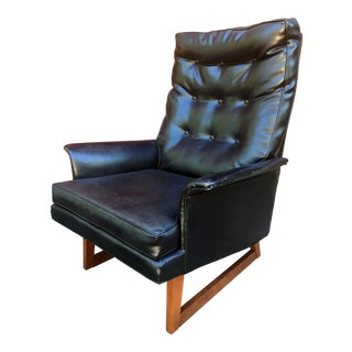 Mid Century Modern Black Vinyl & Walnut Low Lounge Chair For Sale