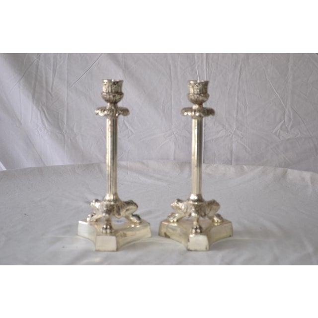 1980s American Classical Silver Fluted Candlesticks With Claw Feet - a Pair For Sale In Los Angeles - Image 6 of 6