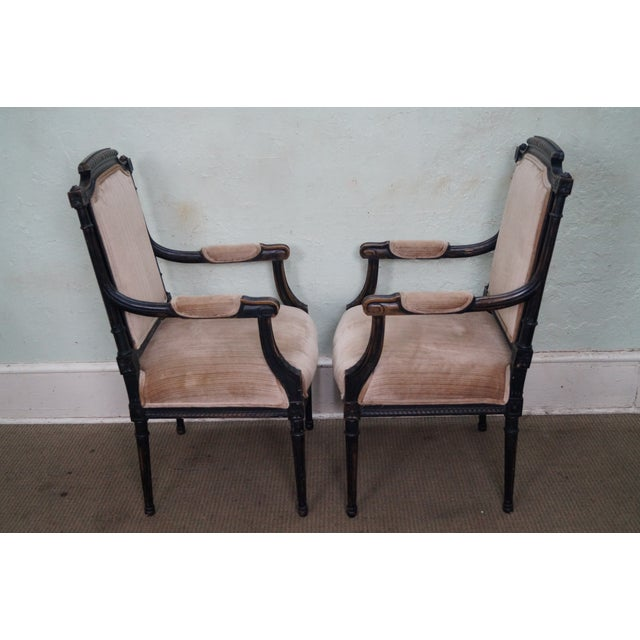 Louis XVI Custom Quality Pair of French Louis XVI Style Arm Chairs For Sale - Image 3 of 10