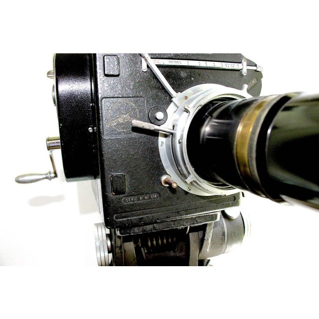 Art Deco Andre Debrie 35mm Cinema Camera Circa 1925 Complete and Working As Sculpture For Sale - Image 3 of 10