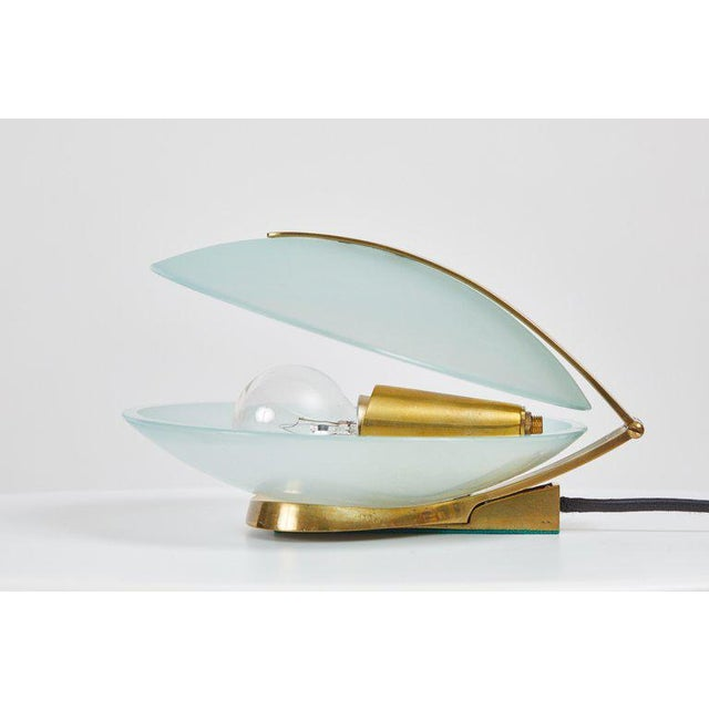 White 1960s Vintage Max Ingrand for Fontana Arte Glass and Brass Shell Table Lamp For Sale - Image 8 of 13