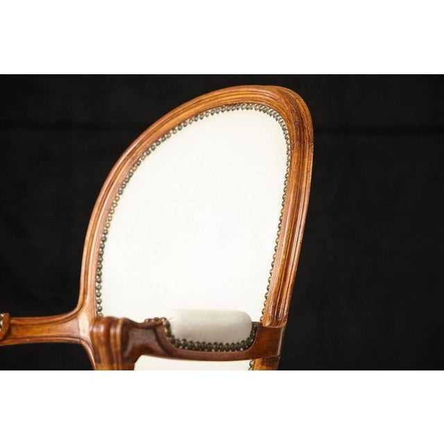 Louis XV Style Walnut Fauteuil in Nail Trimmed Creme Leather For Sale - Image 10 of 10