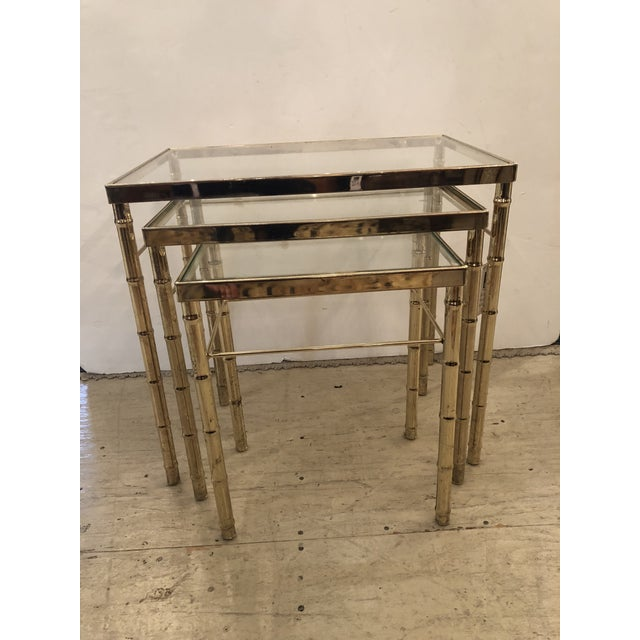 Mid-Century Modern Faux Bamboo Brass/Glass Nesting Tables - Set of 3 For Sale - Image 4 of 4