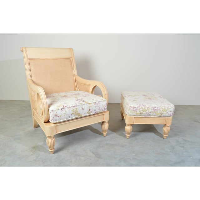 Braxton Culler Grand View Arm Chair (934-001) and matching ottoman (934-009) in outstanding condition! An incredibly...