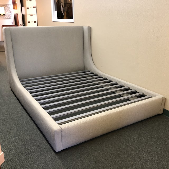 Contemporary Queen Size Room & Board Marlo Bed Frame For Sale - Image 3 of 13