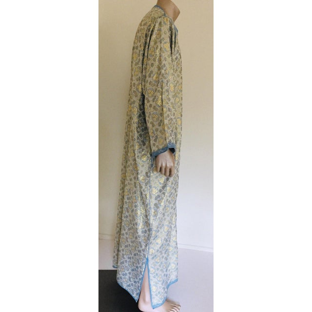 Late 20th Century Metallic Blue and Silver Brocade 1970s Maxi Dress Caftan, Evening Gown Kaftan For Sale - Image 5 of 13