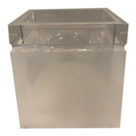 Image of Lucite Bed and Bath