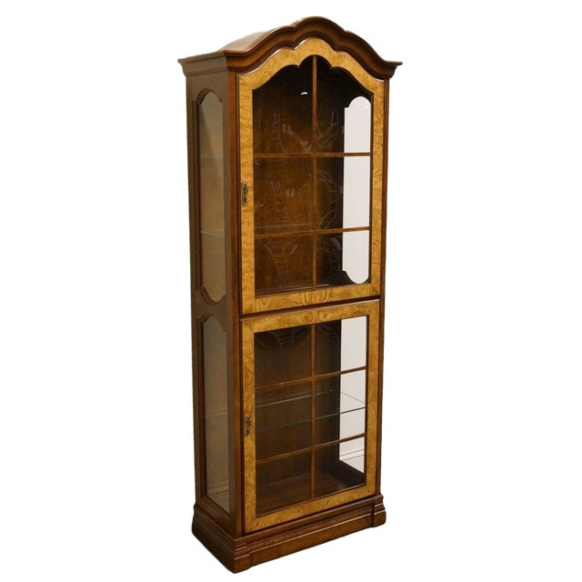 """Jasper Cabinet St. Albans Collection 28"""" Display Curio Cabinet 338-1 For Sale"""