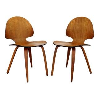 Mid Century Modern Curved Bent Teak Wood Side Chairs Fritz Hansen Era - a Pair For Sale