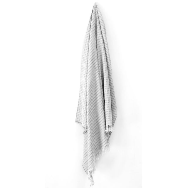 Contemporary Structured Cotton Throw | Pointell For Sale - Image 3 of 4