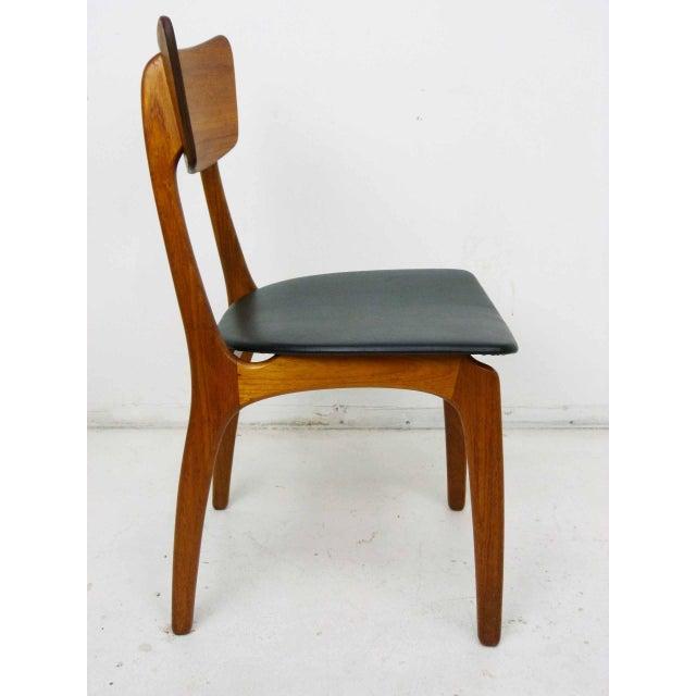Leatherette Svend Madsen for Sigurd Hansen Model 60 Dining Chairs - Set of 6 For Sale - Image 7 of 10