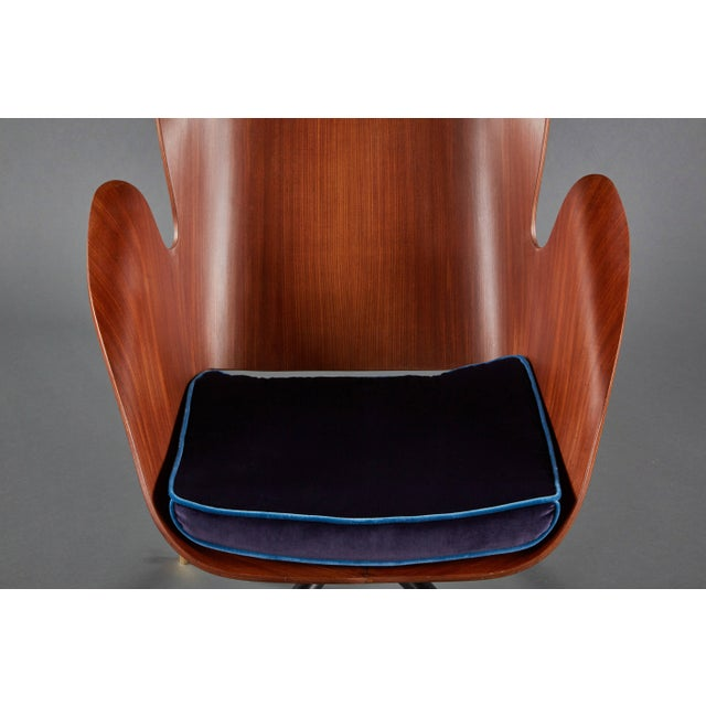 Rare and Sculptural Pair of Mid-Century Italian Swivel Chairs For Sale - Image 9 of 11
