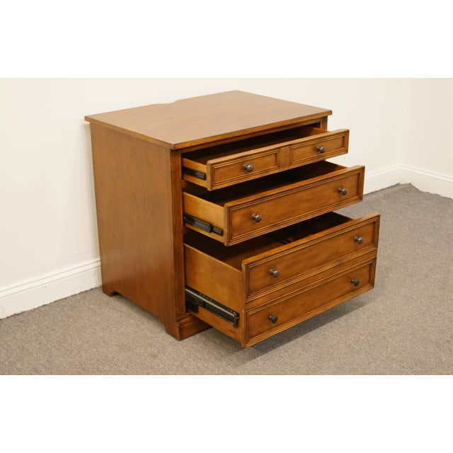"""20th Century Traditional Sligh Furniture the Ellis Line 32"""" Office Storage File Cabinet For Sale In Kansas City - Image 6 of 13"""