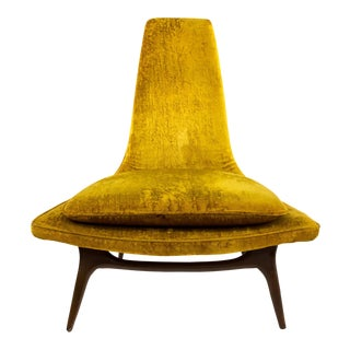 Karpen of California Mid Century Highback Gold Lounge Chair For Sale