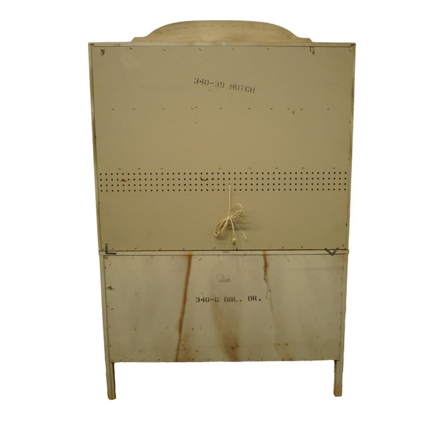 Cream French Provincial Dixie Furniture Cream Painted Double Dresser with Bookcase Hutch For Sale - Image 8 of 11